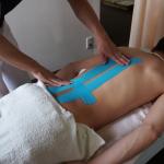 ギックリ腰の応急処置テーピング