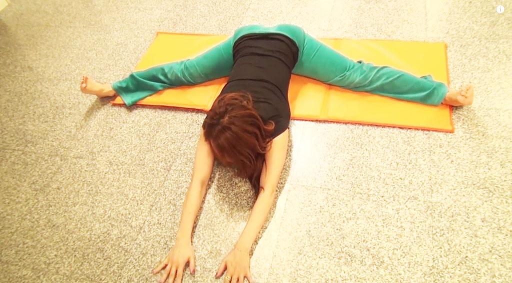 【Online-GiNA】体が硬い人でも必ず開脚が出来るようになるストレッチ方法(泉栄子先生)-YouTube-1024x567