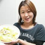 [ダイエットレシピ]イカとキャベツのガーリック炒めの作り方
